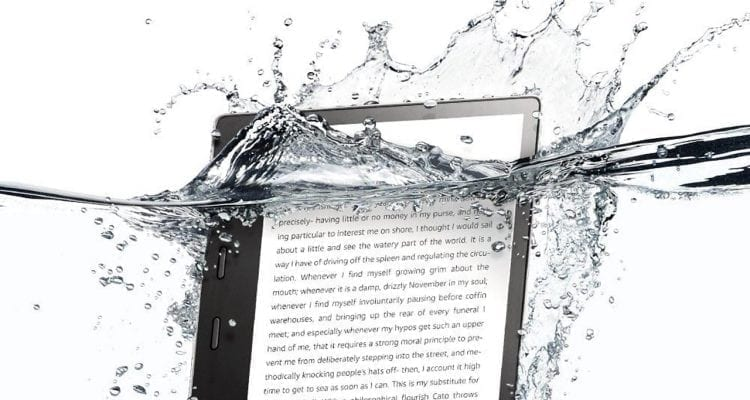 The New Kindle Oasis (2017) Is Waterproof