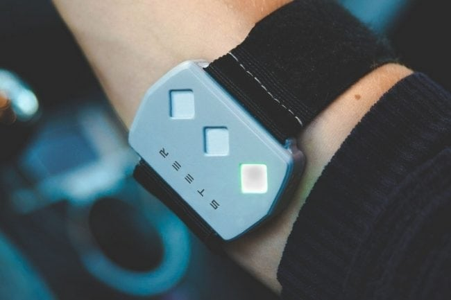 Keep Alert With the Steer Wearable Driving Aid